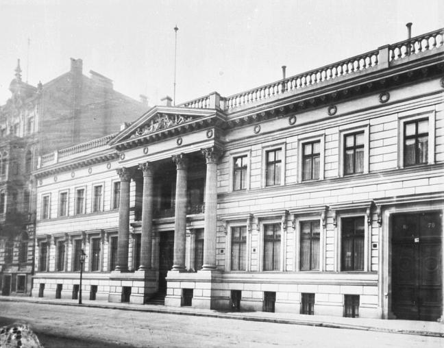 palais_strousberg_-_facade