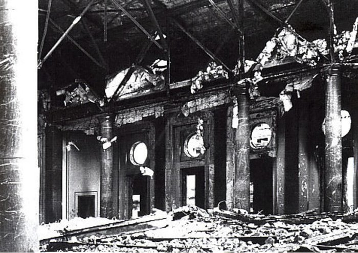 destroyed reception hall above vorbunker after war AHF