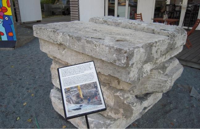 Stone souvenir