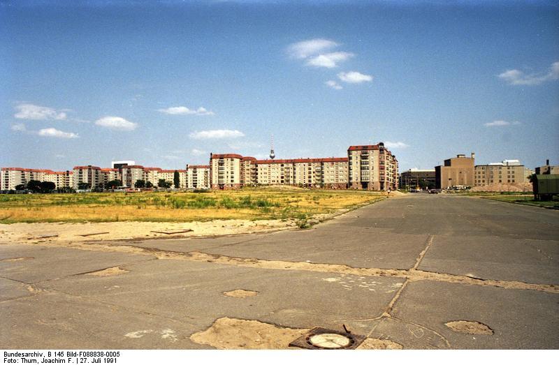 Berlin, Potsdamer Platz, Ehemaliger Mauerstreifen